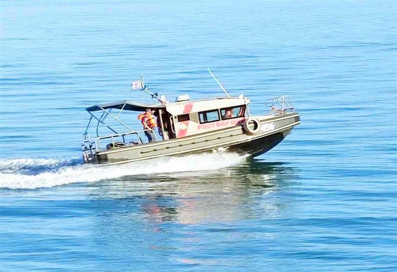 Росгвардия охраняет детский лагерь «Артек» с моря