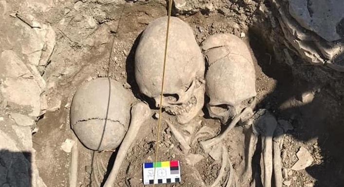 В Крыму нашли скелеты людей с вытянутыми черепами