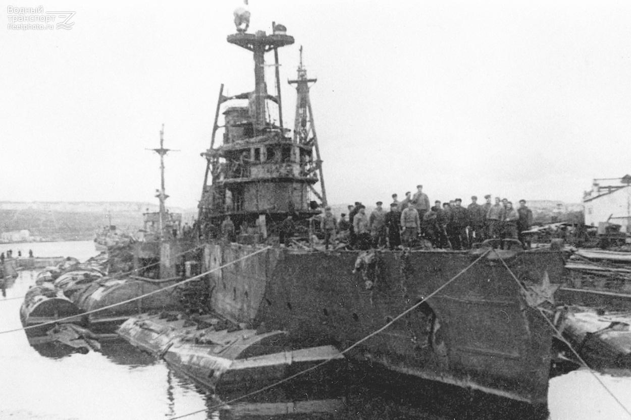 Морские археологи СевГУ завершили исследования крейсера «Червона Украина»