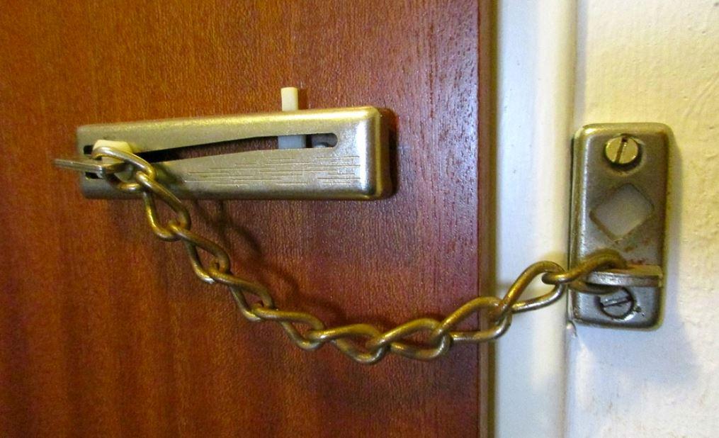 Квартиры 22% находящихся в отпуске россиян были ограблены