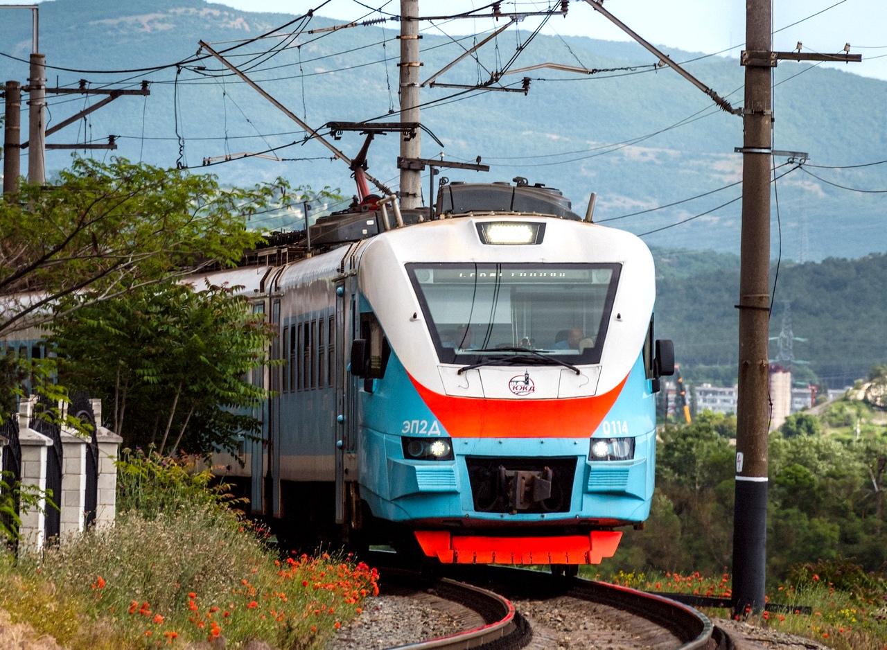 По маршруту между Симферополем и Севастополем добавили новые электрички
