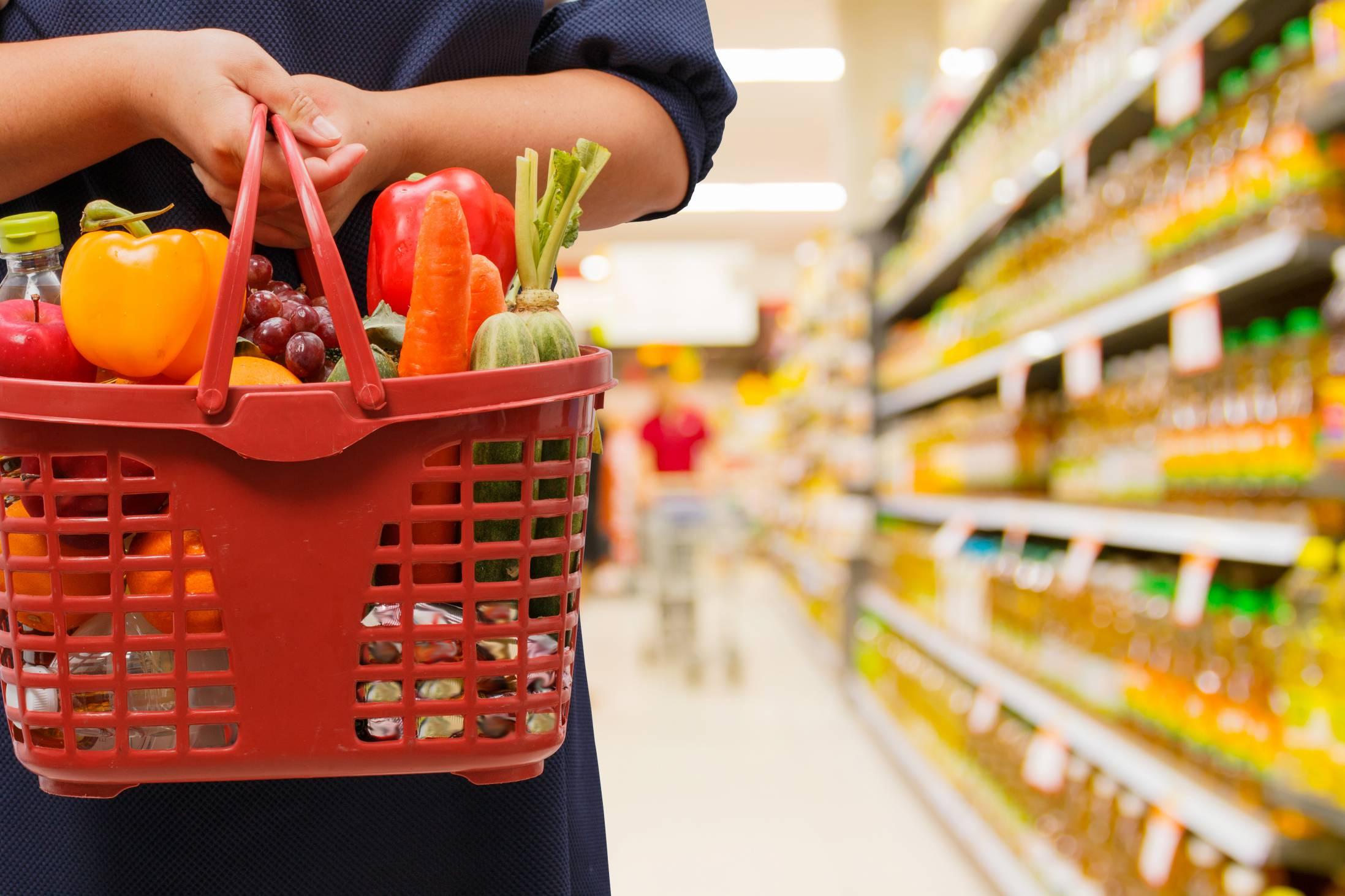 Стоимость минимального набора продуктов питания в Севастополе выросла с начала года на 19%
