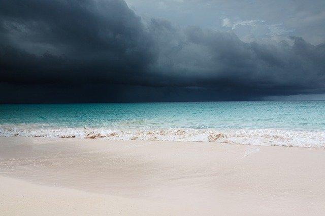 В Крыму на 12 и 13 июля объявлено штормовое предупреждение
