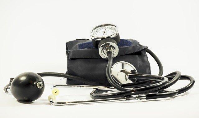 Какой врач лечит гипертонический криз? | Найти врача в Москве