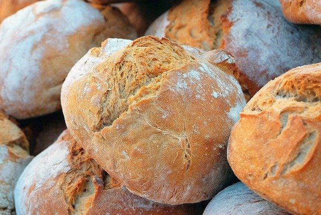 Производители прогнозируют рост цен на хлеб в августе до 12%
