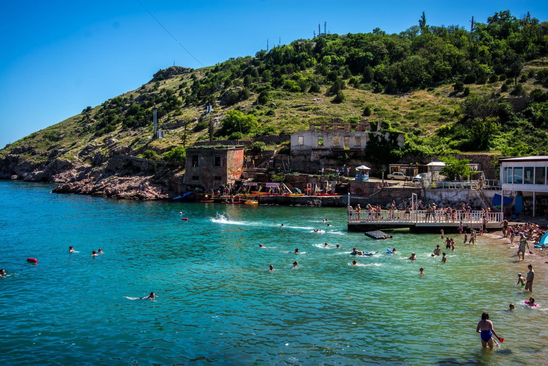 На двух пляжах Севастополя продлили запрет на купание — Роспотребнадзор