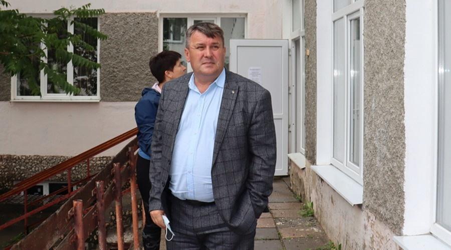 «Есть вопросы по продаже прибрежных зон»: Аксенов заявил об отставке главы Сакского района