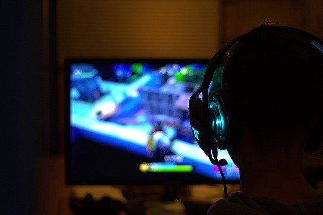 В России резко выросли в цене компьютерные игры