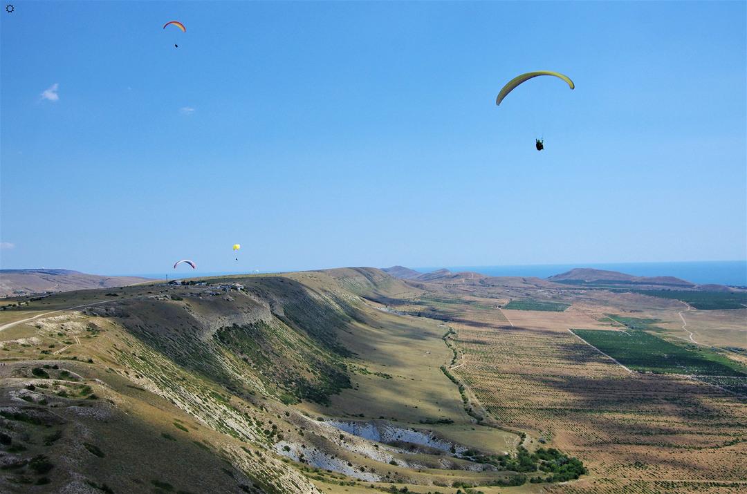 В Крыму появился специфический туристический маршрут на гору Клементьева