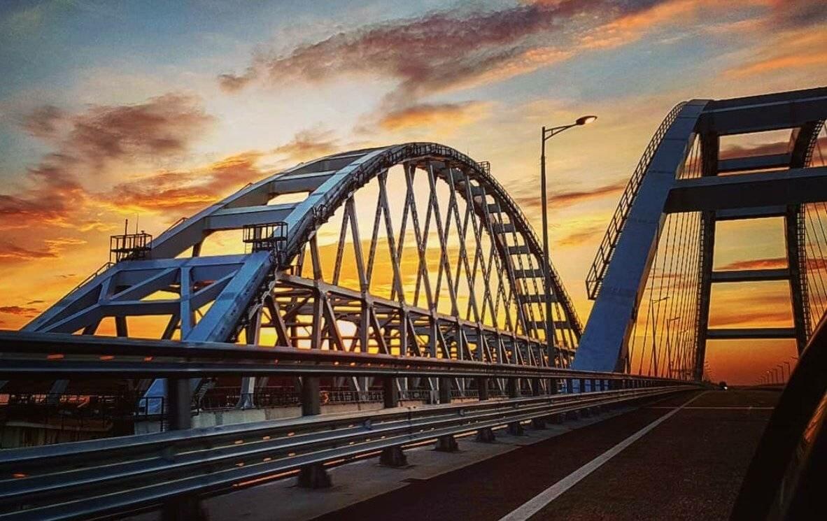 Крымский мост с 20 июля закроют для движения транспорта