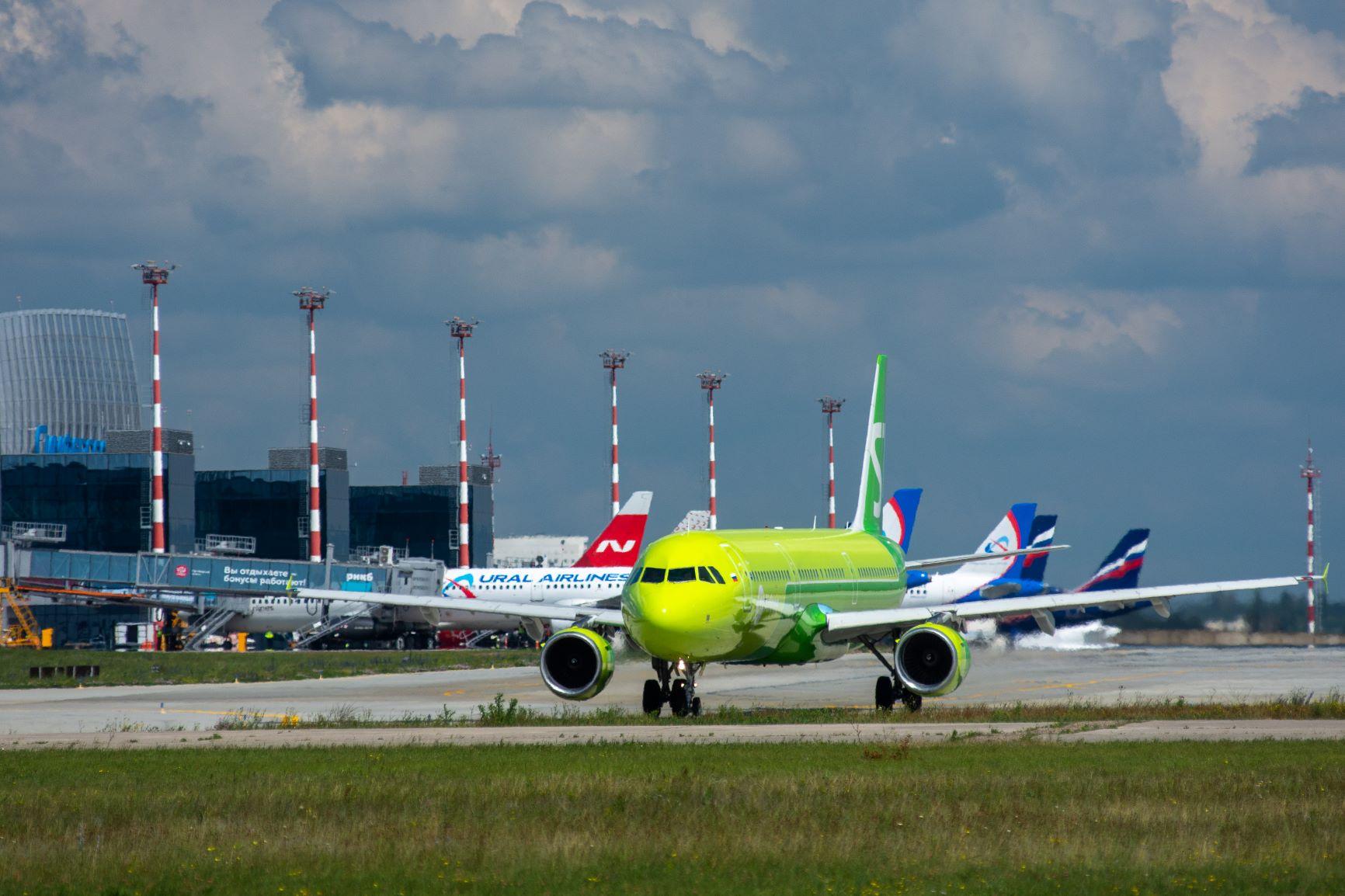 Аэропорт Симферополь в июне обслужил 1 миллион пассажиров