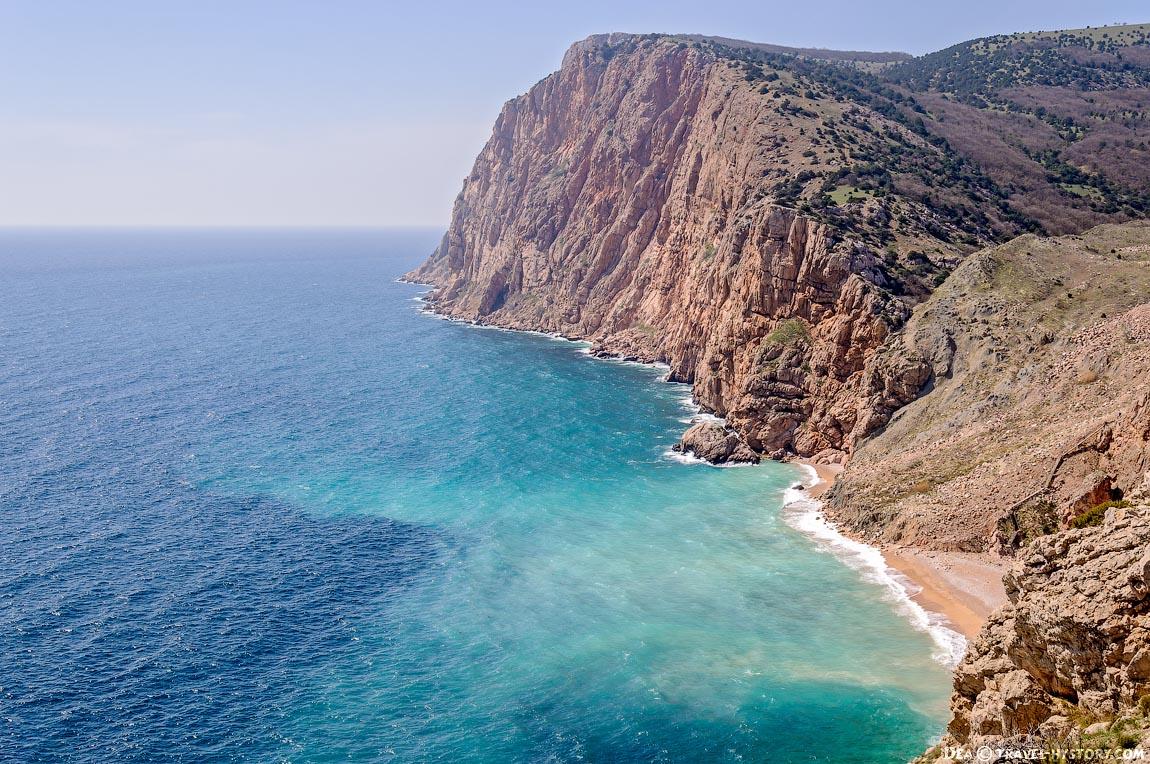 Севприроднадзор объявил об угрозе оползней на пляже «Васили»