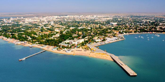 Власть Крыма передала налоговикам данные о 600 нелегальных отелях в Евпатории