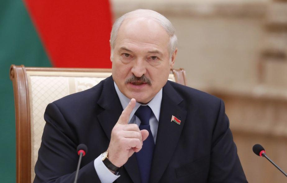 Лукашенко признает Крым, когда его признают российские олигархи
