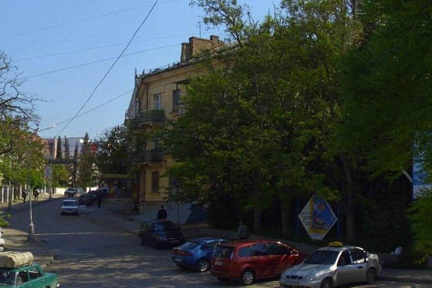 Прокуратура Севастополя заставила чиновников привести в приличное состояние улицу Воронина