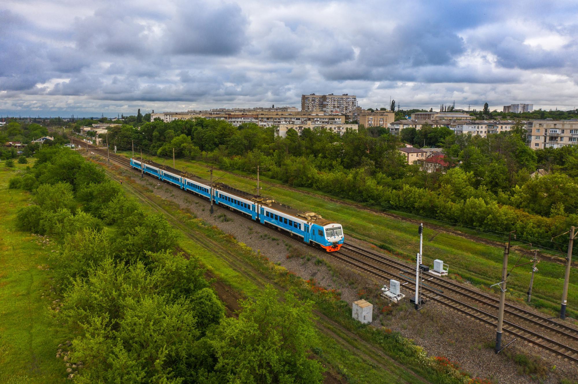 На маршрутах крымских электричек стало больше остановок