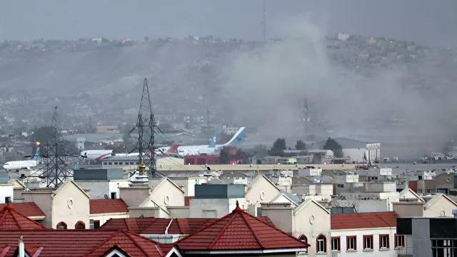 Количество жертв в результате взрывов в Кабуле превысило 100 человек
