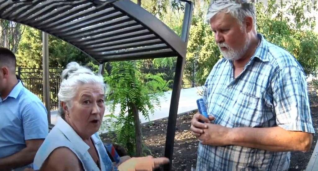 Почему городской чиновник Аксенов «ловит блох», а не виновных в их разведении?