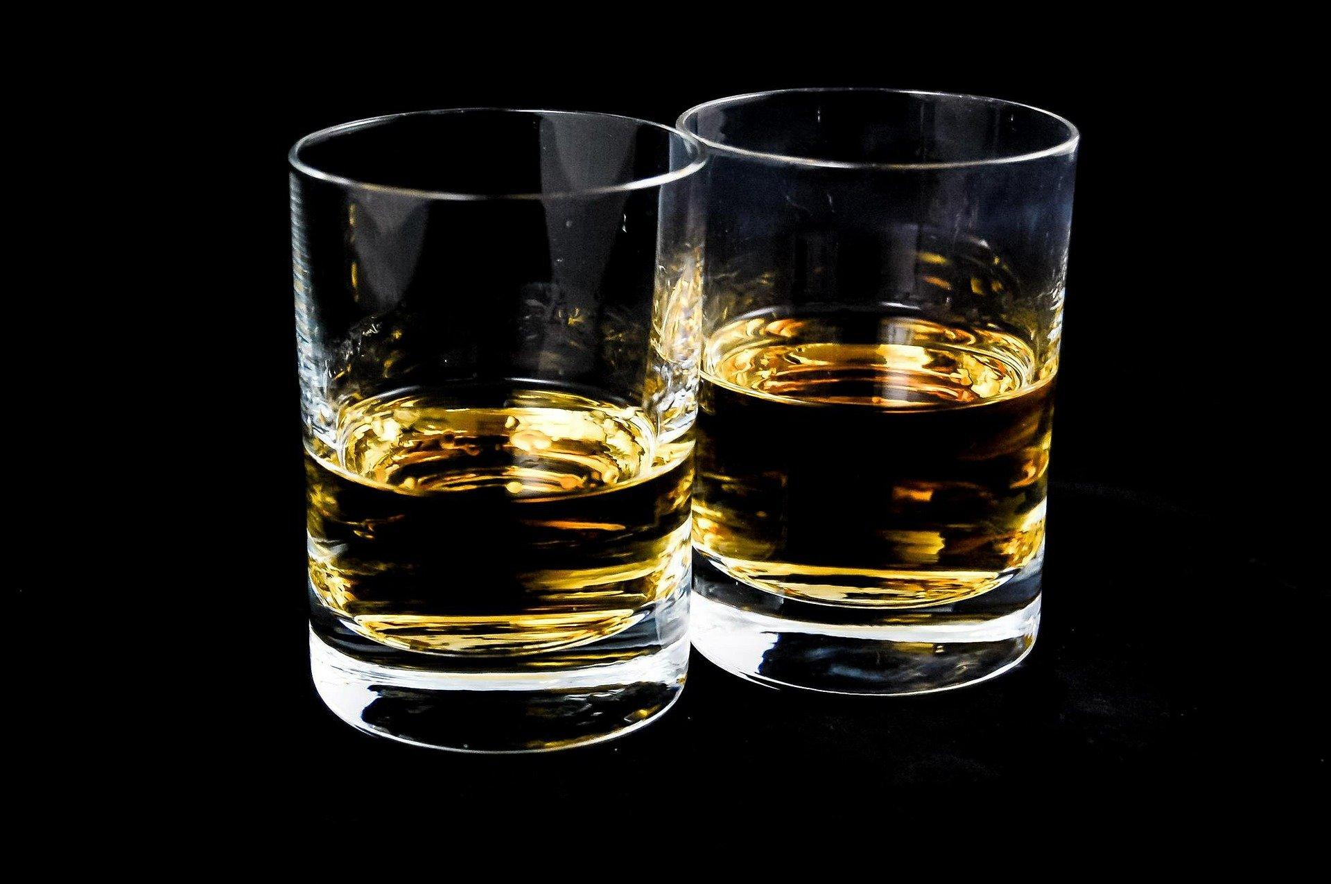 В России хотят разрешить продажу крепкого алкоголя с 21 года, а не с 18, как сейчас
