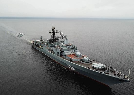 Корабли ВМФ РФ бросили якоря около Алжира из-за отказа Испании