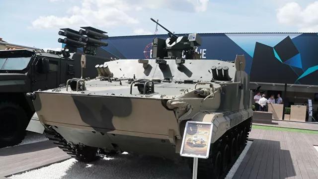 В конце 2021 года «Ростех» начнет производить плавающие бронетранспортеры БТ-3Ф