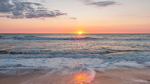 Температура воды в Черном море на 21 августа