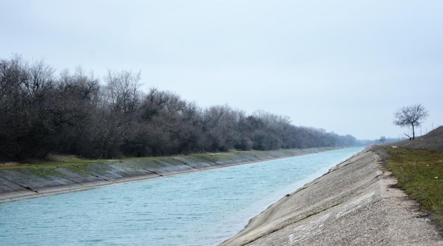 Северо-Крымский канал могут использовать для подачи воды из-под Азовского моря