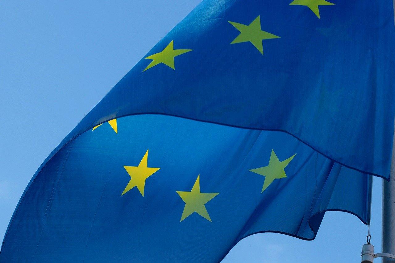 В Евросоюзе привились от коронавируса 60% взрослого населения