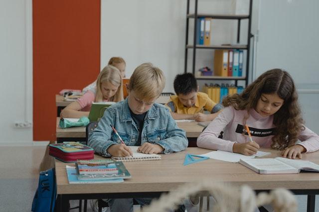 Стало известно, с какими ограничениями пройдут школьные линейки 1 сентября в Севастополе