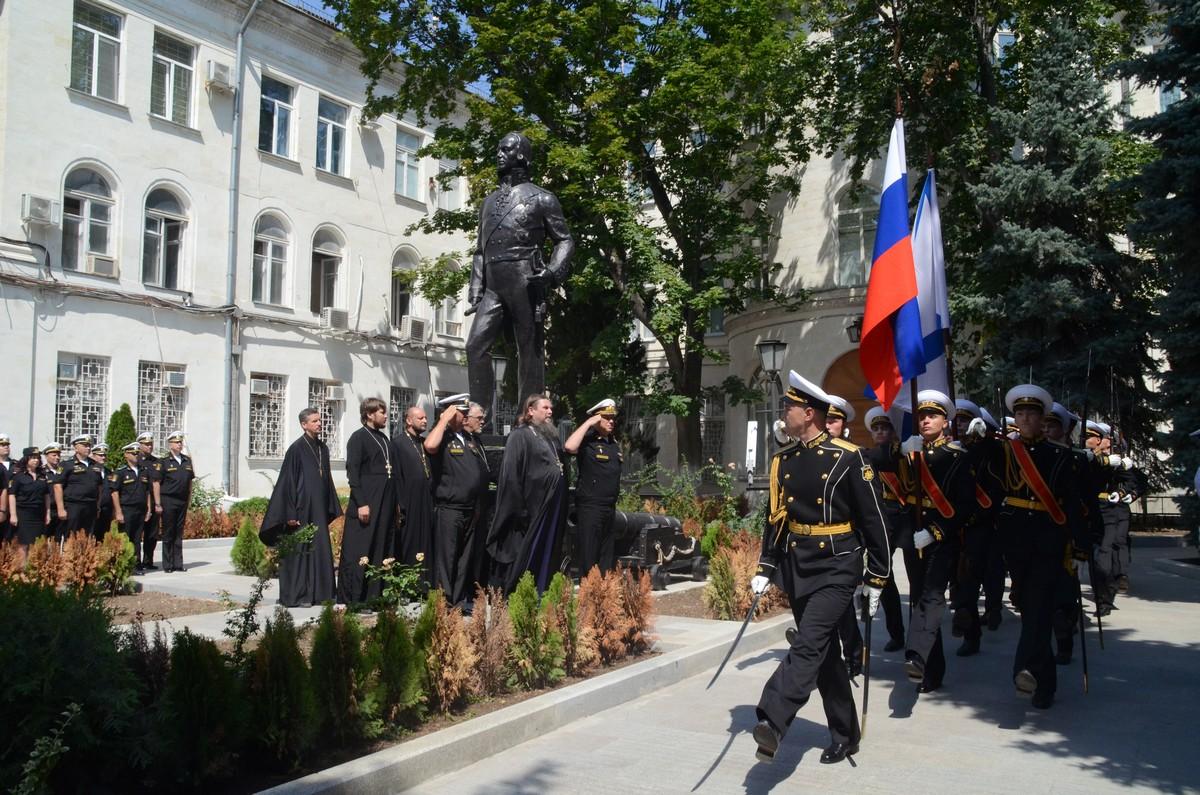 На Черноморском флоте почтили память адмирала Ушакова