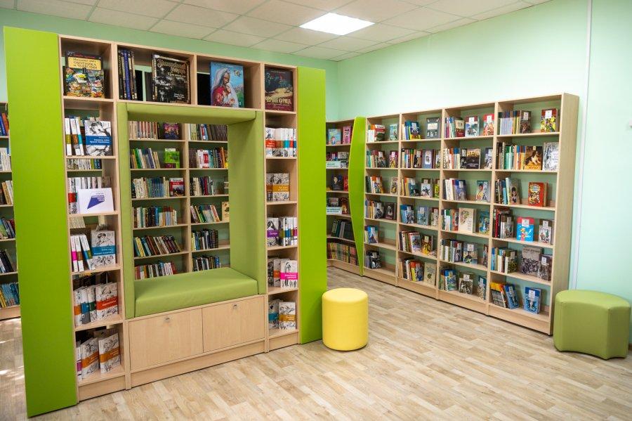 В Севастополе открыли еще одну библиотеку нового типа (фото)