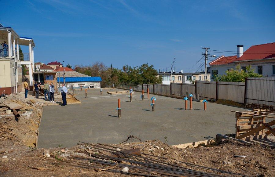 Власть Севастополя обещает к концу года еще один корпус Центра крови