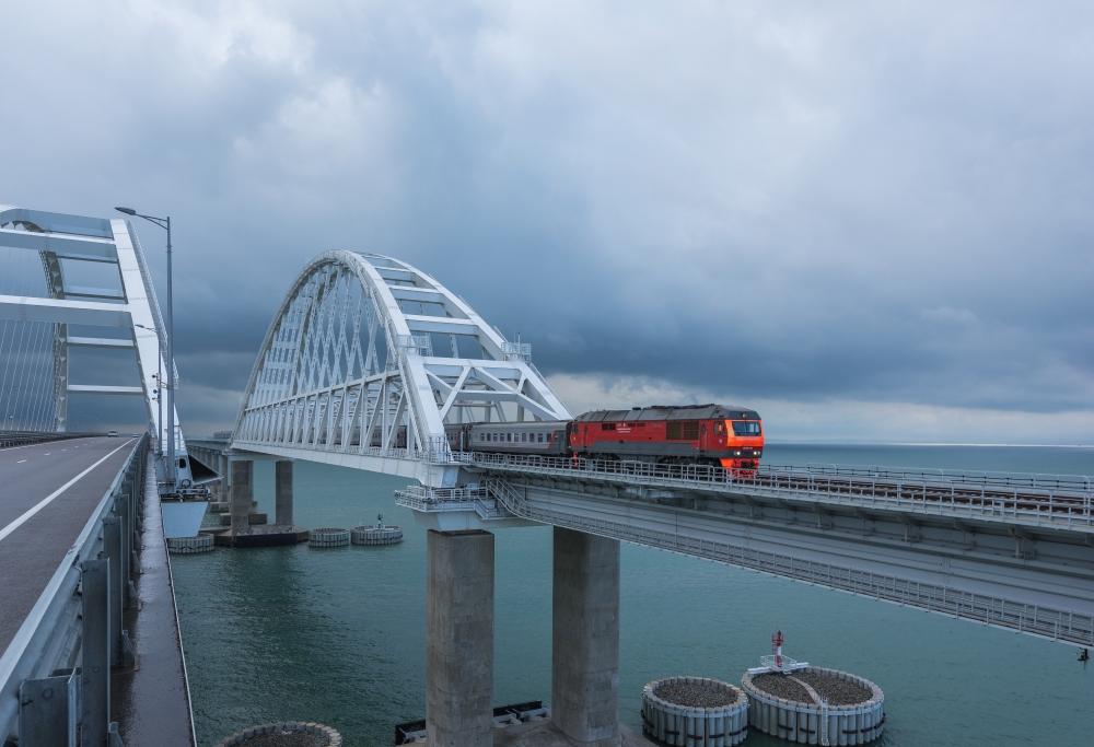 Двухмиллионный пассажир на поезде Севастополь – Москва проехал по Крымскому мосту