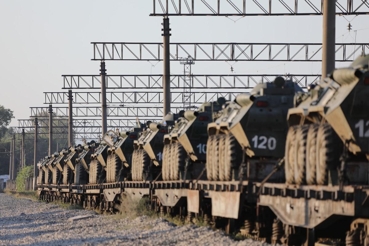 Подразделения Черноморского флота вернулись в Крым после учений в Чечне