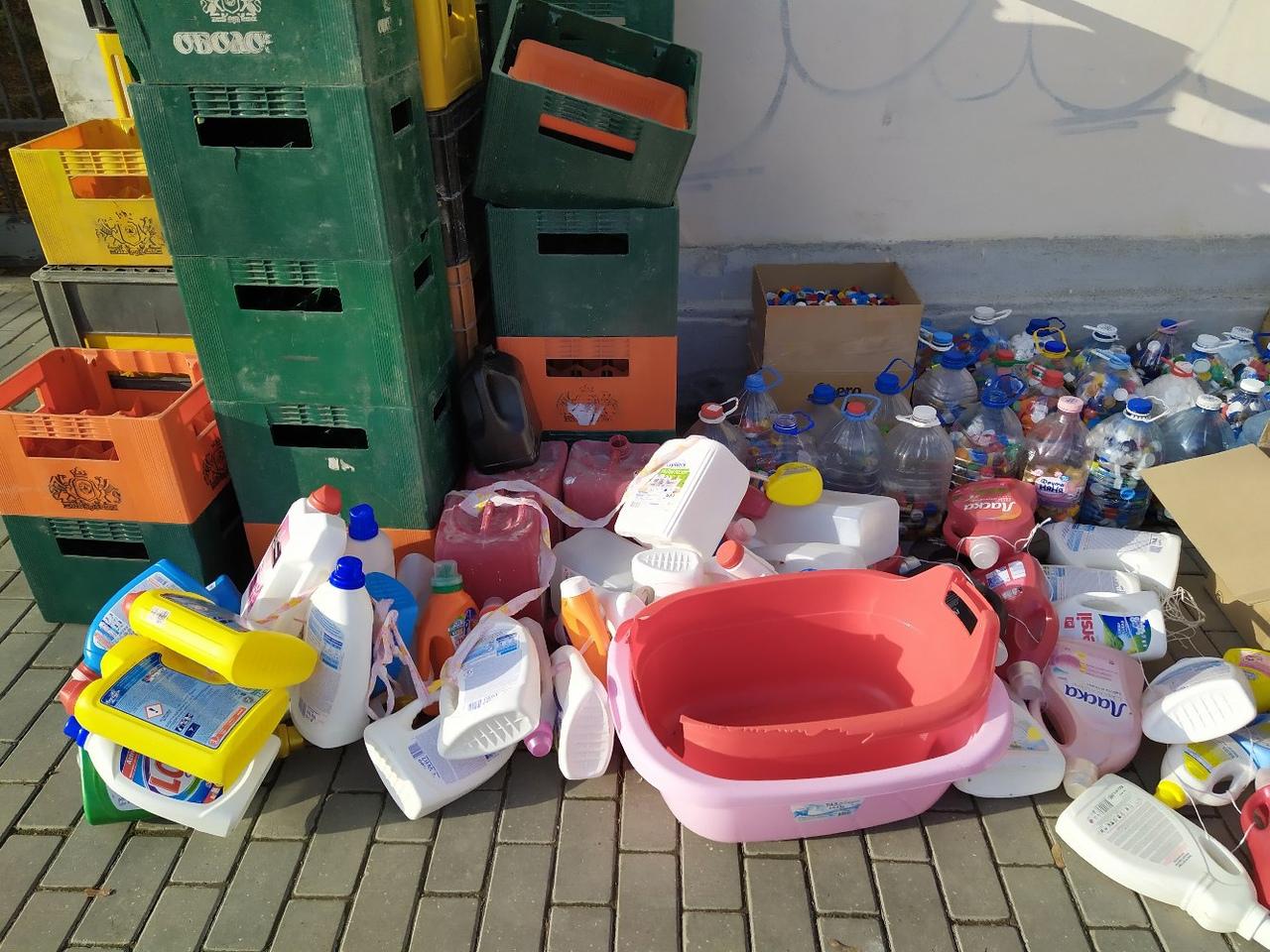 В Севастополе эко-активисты собрали 58 тонн мусора на переработку (фото)
