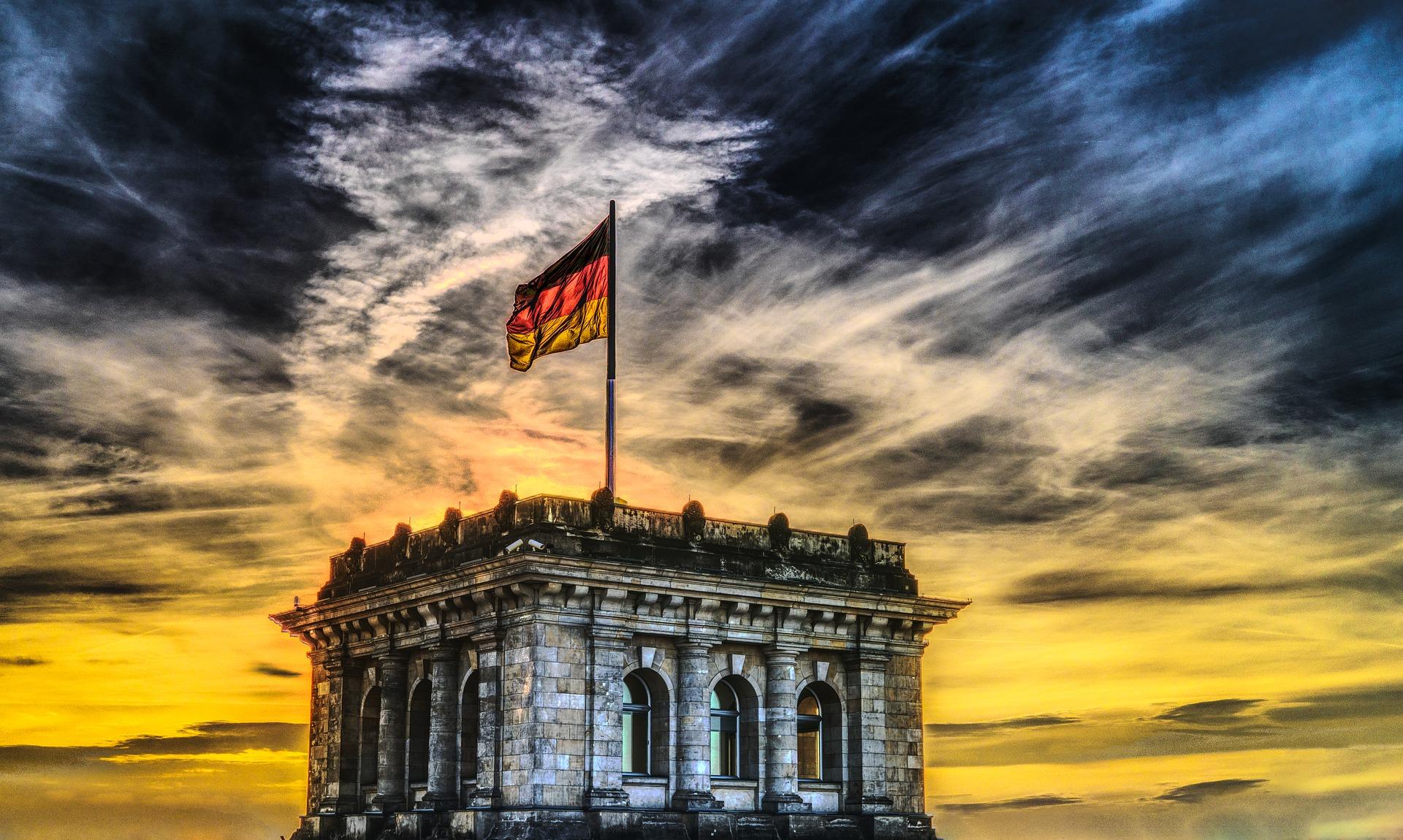 Выборы в парламент Германии: побеждают социал-демократы