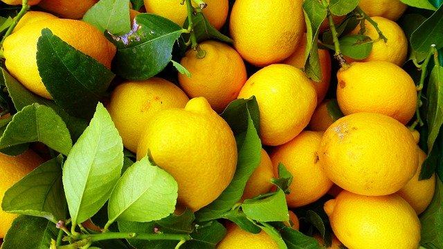 В Крыму за август подорожали лимоны, лук, картофель и чеснок