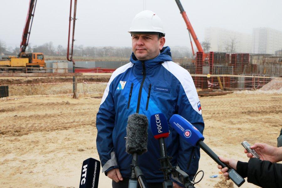 Сделает ли губернатор Севастополя кадровые выводы после посещения строительного участка на Кокчетавской?