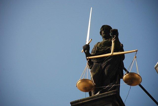 Суд в Бресте приговорил россиянку к полутора годам колонии за оскорбление Лукашенко