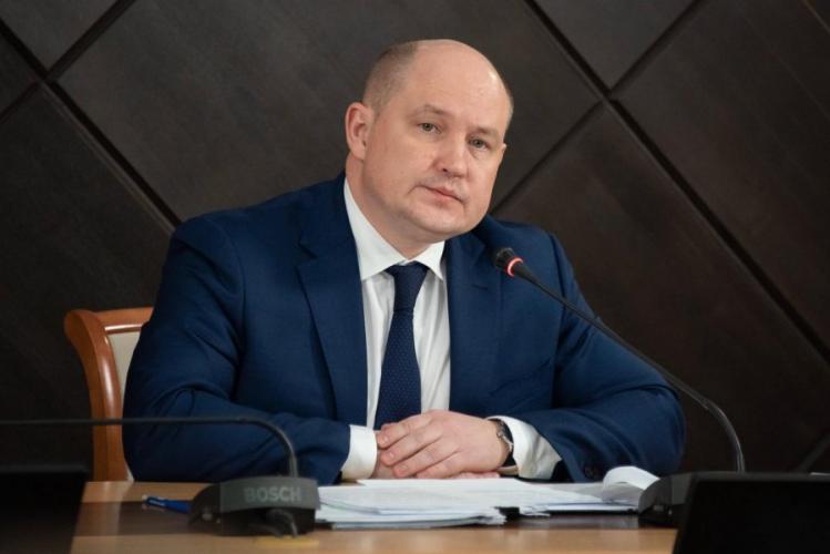 Губернатор Севастополя проголосовал на выборах в Госдуму онлайн