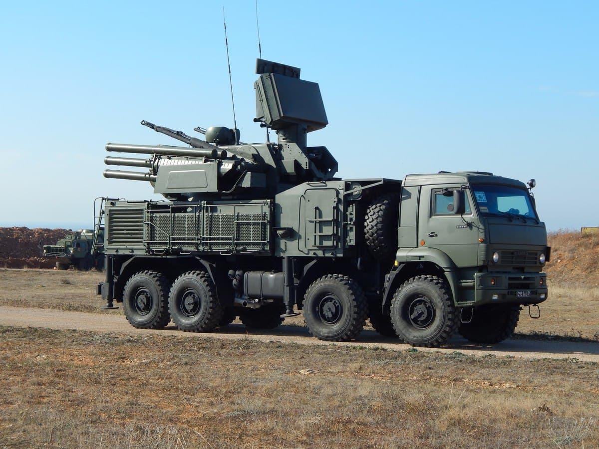 На Керченском полуострове расчеты «Панцирь-С» тренировались уничтожать крылатые ракеты «противника»