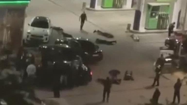 Почти 60 человек с оружием: полиция пресекла разборки на АЗС в Евпатории