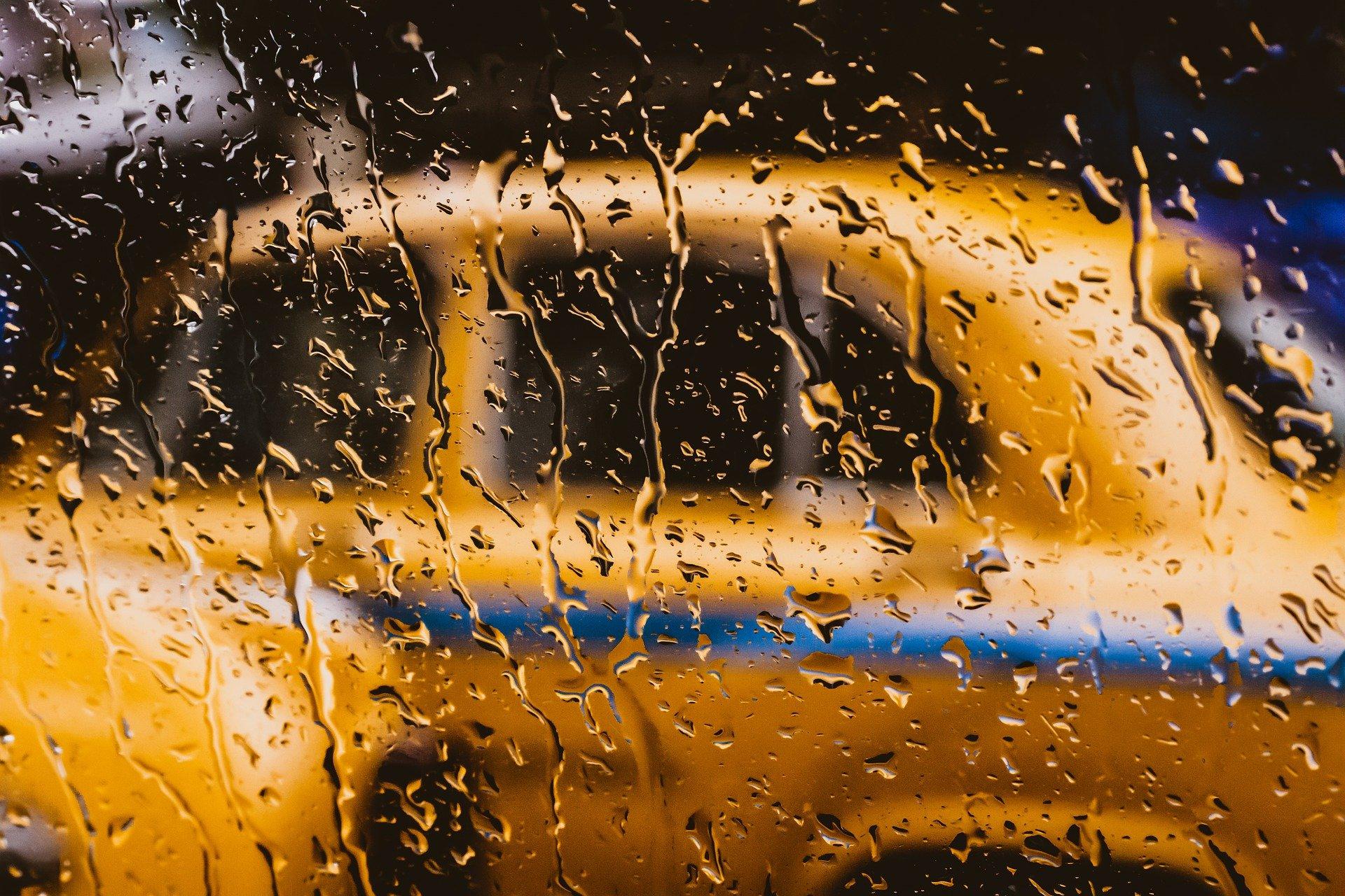 В России могут запретить водителям с судимостью работать таксистами
