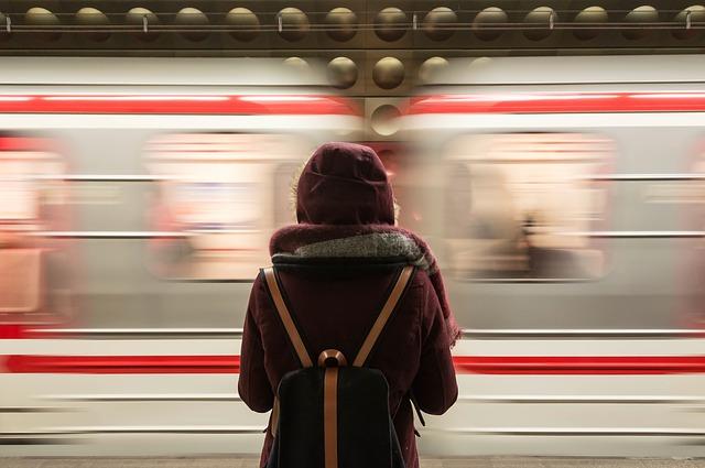 Время в пути поездов в Севастополь и Крым из Питера и Москвы существенно сократится