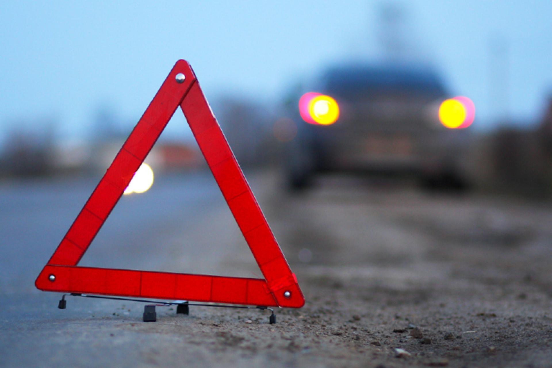 В Крыму на трассе насмерть сбили пешехода