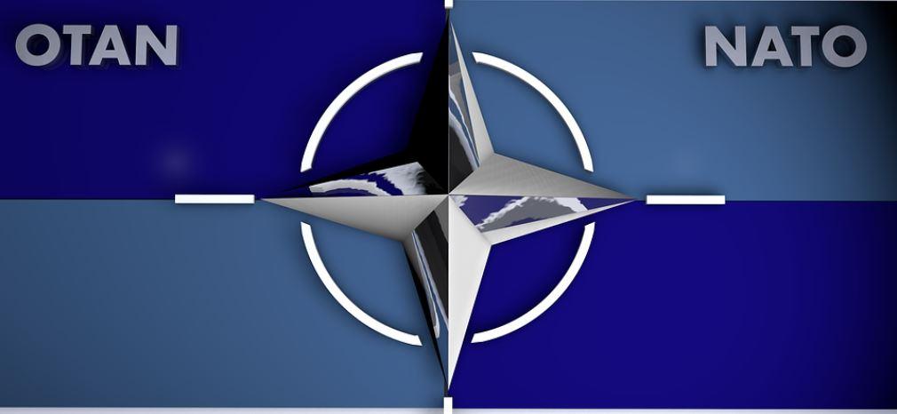 Россия приостанавливает работу представительства при НАТО
