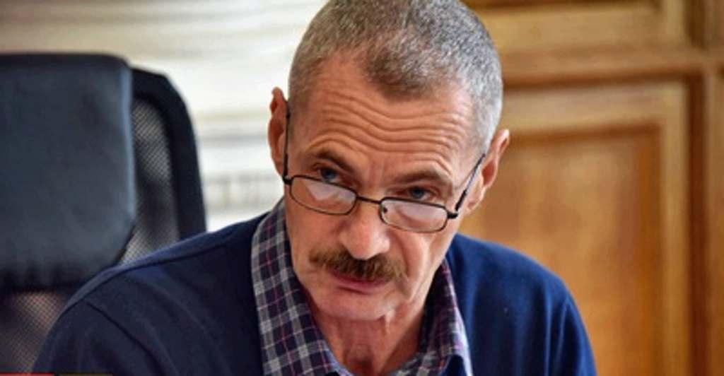 Севастопольский депутат Горелов на дистанционном приеме забыл ответить на вопросы избирателей? Или побоялся?