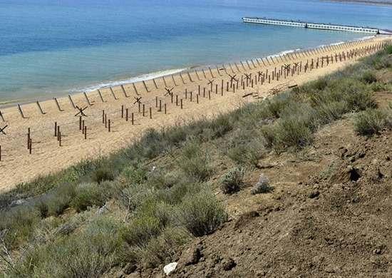 Инженеры ЧФ учились строить оборонительный рубеж на побережье Черного моря