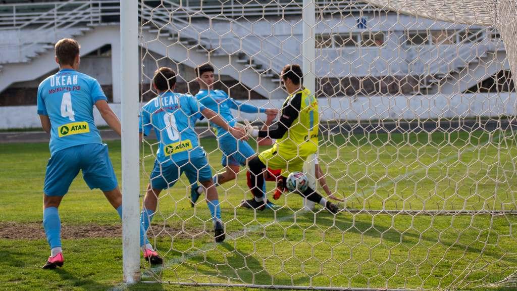 «Севастополь» укрепляет лидерство в чемпионате Крыма по футболу