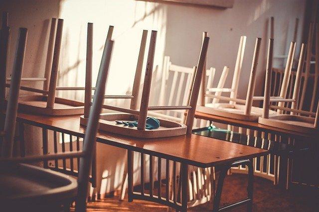 В Крыму почти 80 школьных классов отправили на карантин из-за ковида
